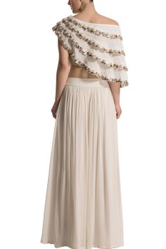 Lovely Indian Stylish Fancy Crop Top Skirt Latest Designer Party Wear Indian Dress for Women Indian Dresses For Women, Party Wear Indian Dresses, Indian Gowns Dresses, Dress Indian Style, Frock Fashion, Fashion Dresses, Couture Dresses, Indian Designer Outfits, Designer Dresses