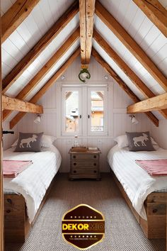 Chalet mit weißem Interieur in Frankreich – Chalet with white interior in France – Attic Bedroom Closets, Attic Bedroom Designs, Attic Design, Attic Rooms, Bedroom Loft, Attic Playroom, Attic Bathroom, Attic Closet, Upstairs Bedroom