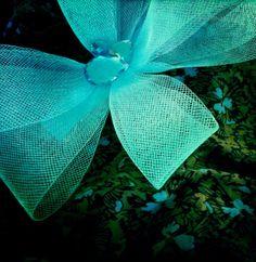 Cailap by Kirsi Nisonen / Turkoosi Gavilea-ruusuke