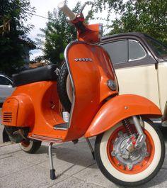 Vespa Piaggio, Lambretta Scooter, Scooter Motorcycle, Foto Vespa, Vespa 125, Vespa Scooters For Sale, Vespa Smallframe, Antique Cars For Sale, Retro Scooter