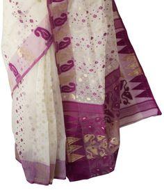 Lehriya Saree, Jamdani Saree, Indian Wedding Pictures, Indian Silk Sarees, Saree Trends, Silk Sarees Online, Woman Clothing, Bengal, Blouse Designs