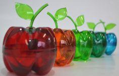 Como fazer uma maçã de garrafa pet e pintar elas as deixando um colorido...