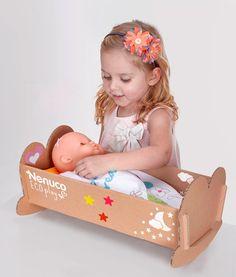 juguetes-caja-de-carton-cuna-muneca-2