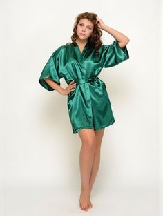 Gorgeous and beautiful satin robes , a perfect gift for you and your girls for the wedding day !Each robe has an outer belt to make the robe adjustable in size. Bridesmaid Robes, Bridesmaids, Hair Boutique, Satin Kimono, Girls Dresses, Flower Girl Dresses, Green Satin, Green Shorts, Looking Stunning