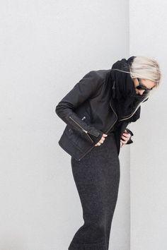 Maxi-echarpe et Plaid - Petit Budget au Luxe Style Noir, Mode Style, Style Me, Fashion Mode, Look Fashion, Womens Fashion, High Fashion, Mode Outfits, Winter Outfits