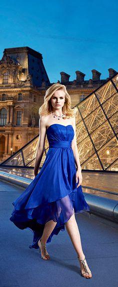 robe simple de soirée bleu courte devant longue derrière Strapless Dress, Dresses, Fashion, Plain Dress, Seesaw, Evening Dresses, Dress Ideas, Fashion Ideas, Blue