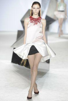 Giambattista Valli Spring Couture 2014 - Slideshow - Runway, Fashion Week, Fashion Shows, Reviews and Fashion Images - WWD.com
