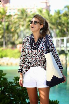 We love the way Sydney from Summer Wind styled our Vintage Filigree Tunic on her resort getaway!