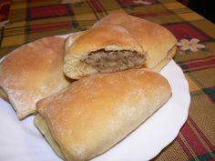 Káposztás táska Hot Dog Buns, Hot Dogs, Hamburger, Food And Drink, Meals, Cooking, Ethnic Recipes, Cook Books, Pizza