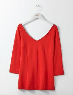 #Boden Eva Ponte Top Post Box Red Women Boden, Red #Whats glamorous, lightweight and gives you a little squeeze in all the right places? This Ponte top. Made from flattering and figure-skimming fabric, it features a V-neckline front and back, and is the ideal office-to-cocktails outfit.