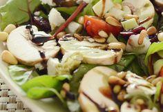 14 tökmagolajjal locsolt saláta