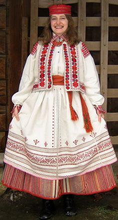 "Yavoriv folk costume from the collection of Lviv Museum of Folk Architecture ""Shevchenkivsky Hai"""