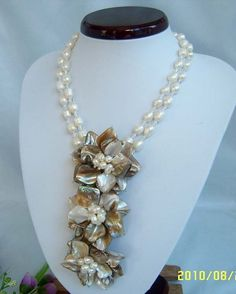 bridesmaid gift ,Bead Necklace,Beaded Jewelry,Pearl Necklace Wired Flower Necklace With Pearl MOP