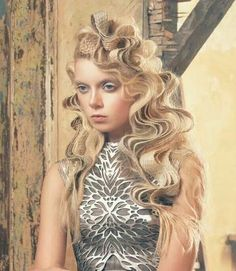Chie Sato won the coveted British Hairdressing Awards 2011 Avant Garde Hairstylist of the Year. She was a finalist in 2013 and won again in 2014. Here's a pic from her 2013 finalist collection. #HotOnBeauty www.fb.com/hotbeautymagazine