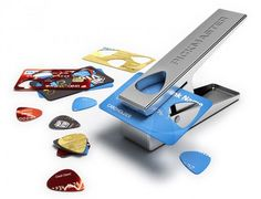The Pickmaster Plectrum Punch lets you punch a guitar pick out of any plastic, which means you will never run out of picks again! You can even use your old credit card by simply inserting it into the punch and voila, you have a new plectrum. Hole Puncher, Guitar Pics, Music Guitar, Guitar Body, Cool Inventions, Playing Guitar, Cool Gadgets, Credit Cards, Upcycle