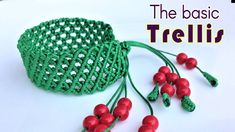 Macrame bracelet tutorial- The basic trellis pattern - Simple but pretty idea craft - YouTube