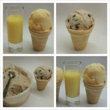 Banánová zmrzlina s kúskami čoko a zmrzlina s vaječným likérom