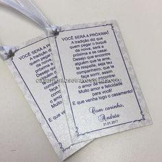 Tag para buquê da noiva para as amigas solteiras!  compre online: casamentosetravessuras.com personalizamos para você   #casamentosetravessuras #casamento #presenteespecial #tag #buquedenoiva #prazamigas - Lembrancinhas de Casamento Convites Aniversário 15 anos Formatura etc.
