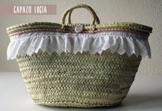 Lovely Mediterranean Straw Bag. Perfect for a picnic! #capazo #palm basket from spain