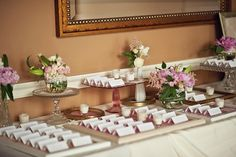 Vintage theme for the escort card table