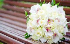 Bouquet da sposa con le peonie - Bouquet bianco con peonie