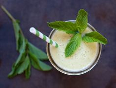 Pineapple, Mint And Banana Smoothie