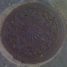 Manhole cover west of Soho NYC (photo: Micha Riss)