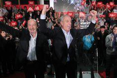 Mitin de peche de campaña en Santiago.