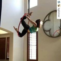 731 vind-ik-leuks, 55 reacties - BeastlyBuilt (@beastlybuilt) op Instagram: 'Love this transition! #beastlybuilt #aerialacrobatics #aerial #aerialist #aerialhoop #aerialnation…'