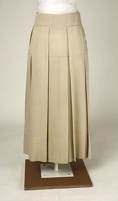 Skirt Date: 1915 Culture: American Medium: wool Dimensions: Length at CB: 35 in. (88.9 cm) Credit Line: Purchase, Irene Lewisohn Bequest, 19...