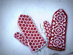patterned mittens!