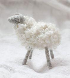 handmade felted sheep ♥ alder & cO