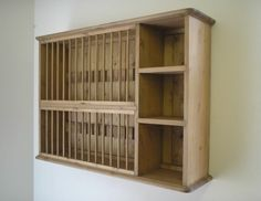 A plate rack and shelving unit for mounting on the wall. Perfect ...