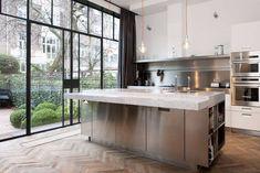 Kitchen decorated: 100 models that we love most in the decoration - Home Fashion Trend Kitchen Flooring, Kitchen Dining, Kitchen Island, Best Interior Design Apps, Boffi, Luz Natural, Beautiful Kitchens, Kitchen Interior, Interior Paint