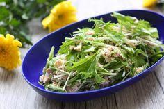 鯖缶と豆腐のサラダのレシピ。鯖の水煮缶のかんたん白和え。 | やまでら くみこ のレシピ Seaweed Salad, Green Beans, Vegetables, Cooking, Ethnic Recipes, Food, Kitchen, Cuisine, Koken