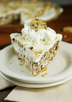 No-Bake Chocolate Chip Cookie Pie {made with Chips Ahoy!}