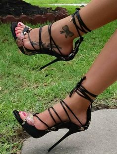 shoes, high heels, sandals, stiletto, Zapatos, scarpin, sandalias, одежда, платья, обувь, sapatos, scarpe, sandali, décolleté, tacchi alti, tacco 12, 女装, 高跟鞋, 婚 鞋, 쇼핑, chaussure, escarpins, sandale,... #stilettoheelsdress #stilettoheelssandals