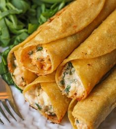 Do you often make taquitos for family meals? Cream cheese and chicken taquitos, baked ground beef taquitos, creamy black bean taquitos, egg and sausage taquitos,. Healthy Recipes, Gourmet Recipes, Mexican Food Recipes, Cooking Recipes, Fast Recipes, Cooking Ham, Top Recipes, Cooking Chorizo, Cooking Risotto