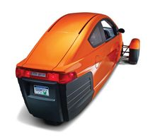 Designed for lone commuters, this three-wheeled car gets 84 mpg Elio Motors, Car Cost, Reverse Trike, Third Wheel, Smart Car, Electric Cars, Electric Vehicle, Motorcycle Bike, Car Wheels
