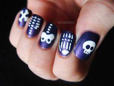 Skeleton nail art! I love that each nail has a separate bone :)