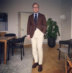 """Cookies and cream. Plus blueberries. """"Tweed"""" jacket by @sartoriapartenopea. OCBD by @shirtonomy. Tie by @drakesdiary. Flannels by @luxire_com. Socks by @bergandberg by @bresciani1970. Shoes Marlow by @crockettandjones_official for @poloralphlauren. #menswear #styleforum #mnswr #lawyer #lawyerstyle #flannels #flannelsandtweed #tweed #sartoriapartenopea #shirtonomy #drakesoflondon #luxire #crockettandjones #bergandberg #cordovan #cordovanshoes #shoegazing #shellcordovan #ootd #wiwt…"""
