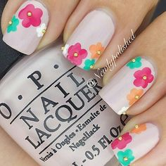 50 Flower Nail Designs for Spring – Fancy Nails Flower Nail Designs, Flower Nail Art, Nail Designs Spring, Nail Art Designs, Floral Designs, Nails Design, Fancy Nails, Diy Nails, Cute Nails
