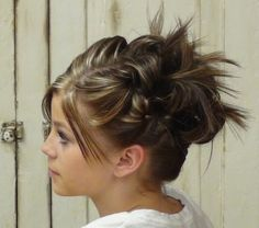 Updo For Short Hair Messy Bun Hairstyles Sassy