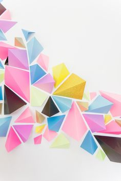 Pins We Heart awesome geometric paper backdrop First Birthday Parties, First Birthdays, Textures Patterns, Print Patterns, Origami, Instalation Art, Paper Art, Paper Crafts, Paper Backdrop