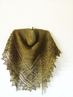 Ravelry: amandaelizabeth's Brandywine How fantastic is this!  The designer donates monies to Doctors Without Borders and has donated over $20,000 from the sale of this pattern!!!