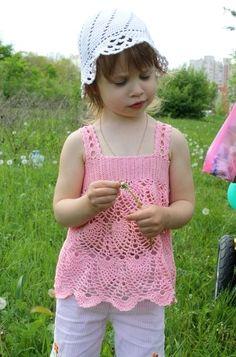 Girl's crochet pineapple stitch top