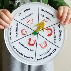 Ramadan Activities, Activities For Kids, Crafts For Kids, Alphabet For Kids, Coran, Learning Arabic, Cooking Timer, Kids And Parenting, Best Funny Pictures