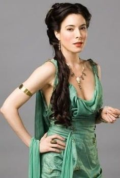 Spartacus - Costumes for Women - Gaia (Jaime Murray)--Never seen the show, but I love this . Spartacus Women, Spartacus Tv, Spartacus Vengeance, Spartacus Quotes, Spartacus Workout, Jamie Murray, Roman Dress, Up Dos, Feminine Fashion