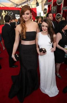 Sophie Turner and Maisie Williams at 2014 SAG awards