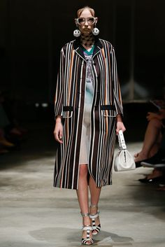 Prada Spring 2016 Ready-to-Wear Fashion Show - Mayka Merino